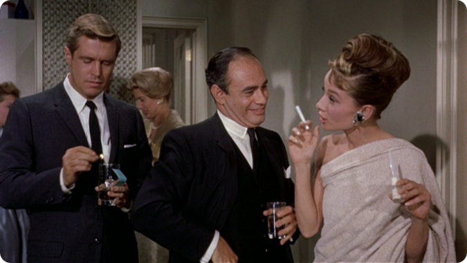 Review Breakfast at Tiffany's