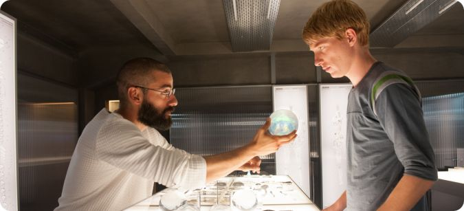 Review Ex Machina