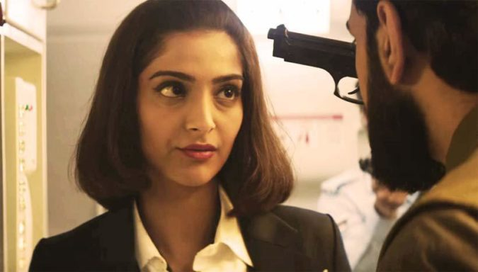 Review Neerja