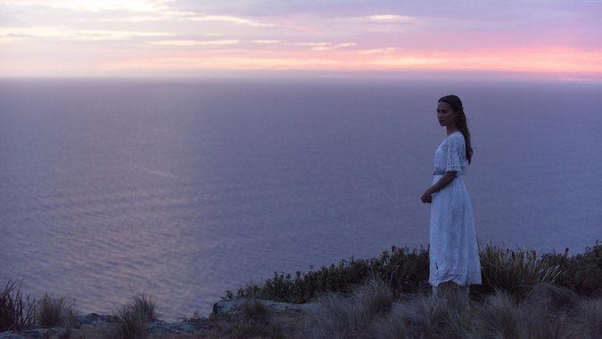 Review The light Between Oceans