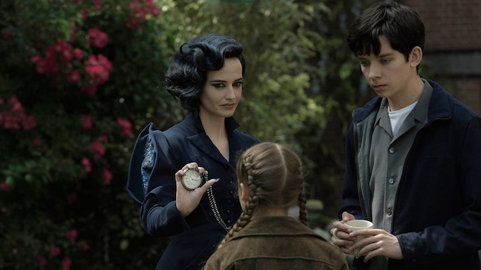 Review Miss Peregrine's Home for Peculiar Children